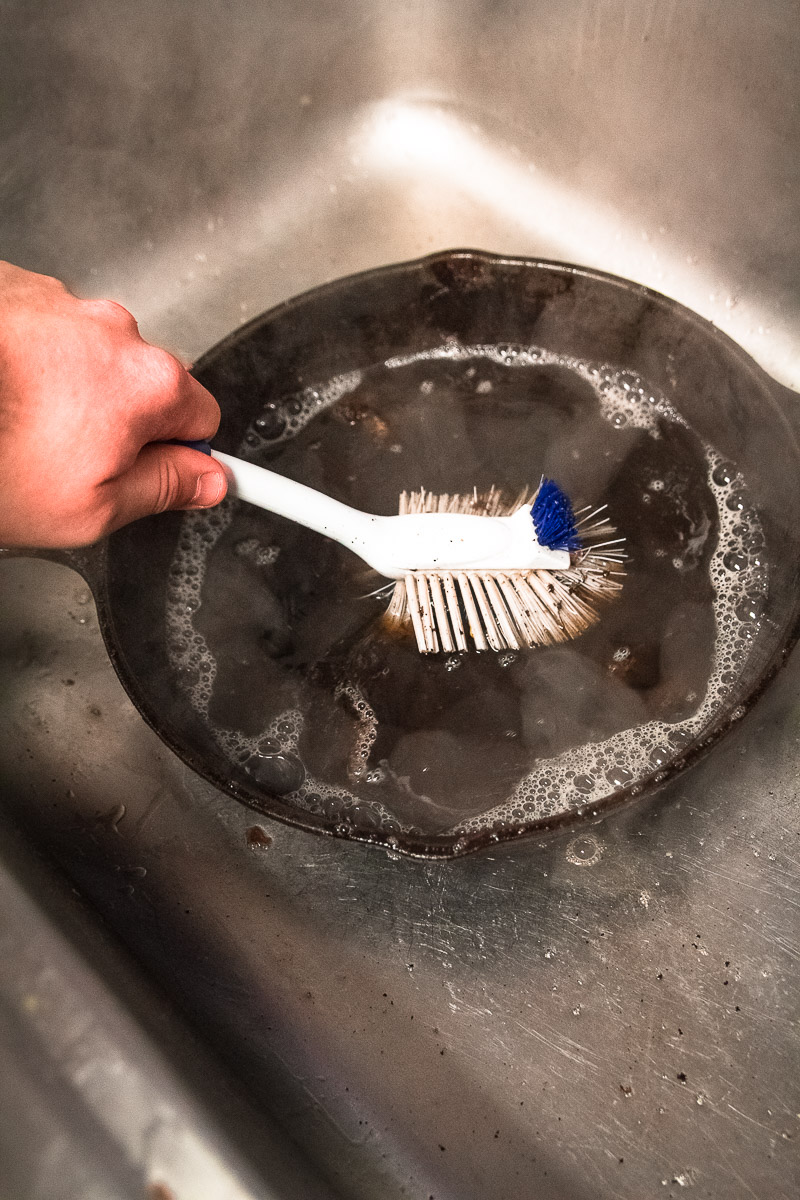 How-To-Clean-A-Cast-Iron-Skillet-5