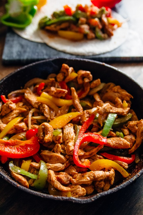 Spicy chicken fajitas dad with a pan spicy chicken fajitas forumfinder Choice Image