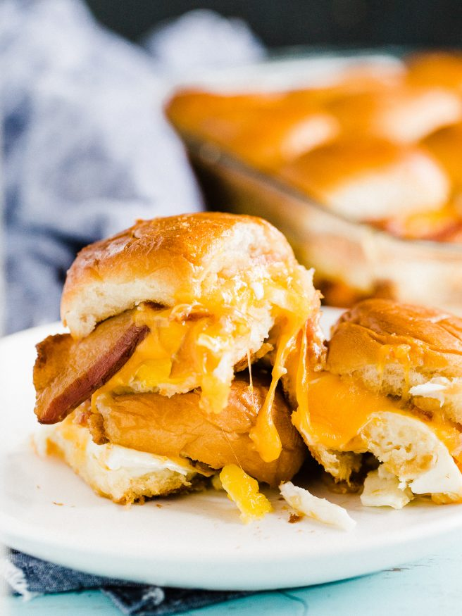 Breakfast Slider Casserole loaded with bacon eggs and cheese with Hawaiian rolls. Easy to serve up for brunch or a nice weekend breakfast with the family!