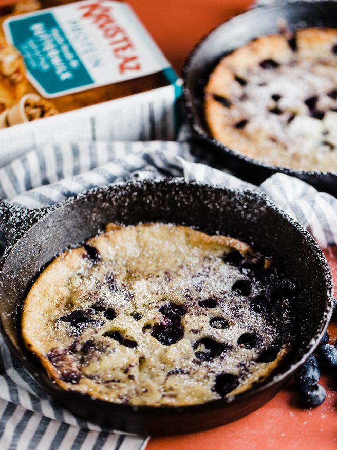 https://www.krusteaz.com/baking-ideas-advice/blog/blueberry-skillet-pancakes?utm_source=dadwithapan.com&utm_medium=referral&utm_campaign=2017_bakersdozen&utm_content=blueberryskilletpancakes_february