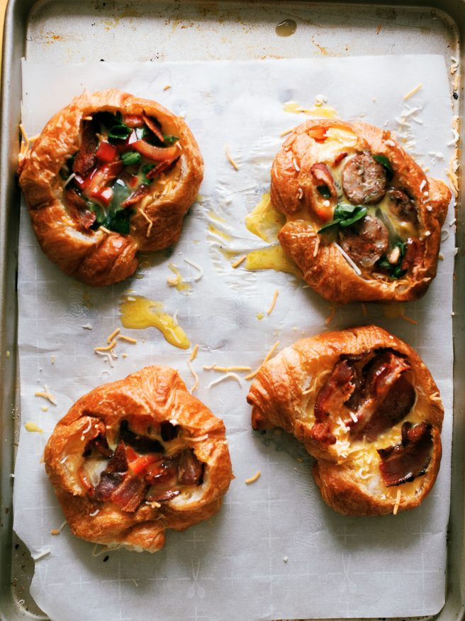 Breakfast Croissant Boats loaded with an egg bacon and bell pepper frittata is soo delicious and the perfect way to get your weekend breakfast going!