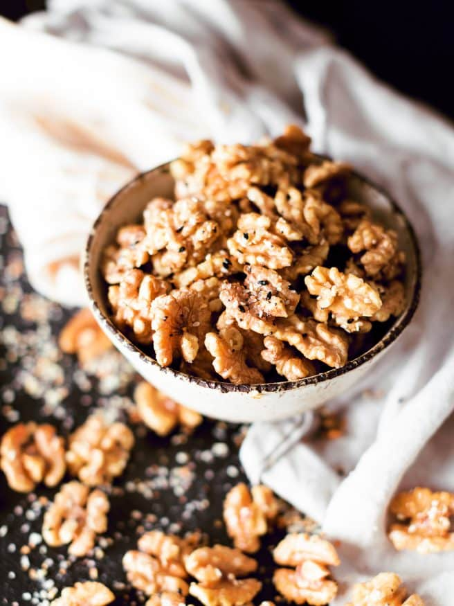These everything Seasoned Walnuts are the PERFECT snack for the everything season fan out there!