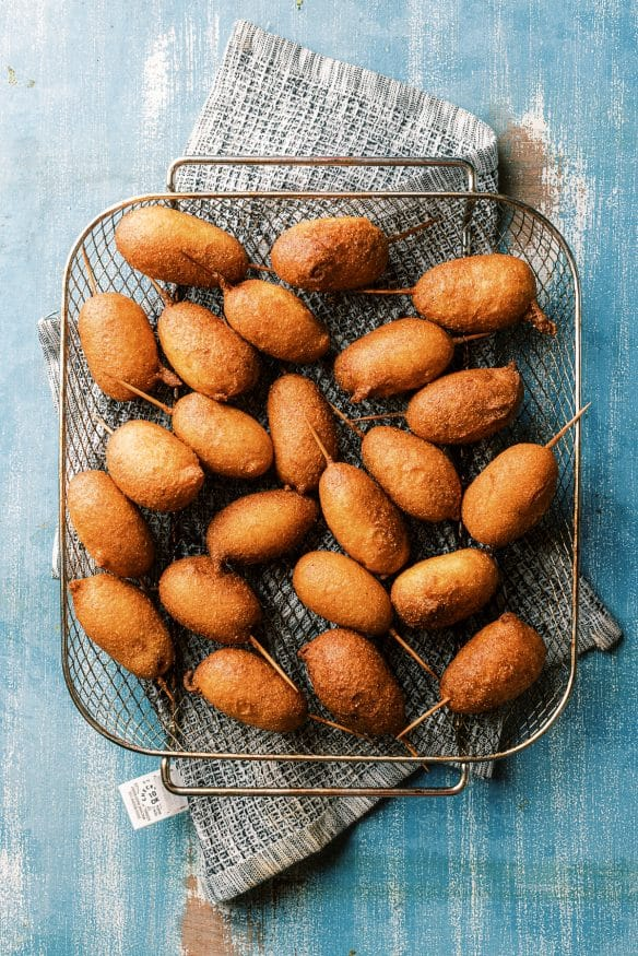 Little smokies corn dog bites are little smokie sausages dipped in a crispy corn dog batter and then fried to perfection.