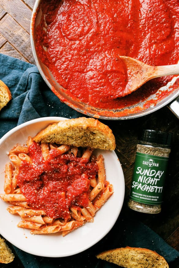 This easy 15 minute marinara sauce, is loaded with so much flavor it will taste like your grandma was in the kitchen all day making it.